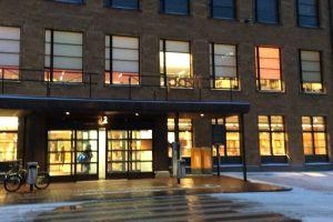国際郵便を出そうと訪れたヘルシンキ中央郵便局