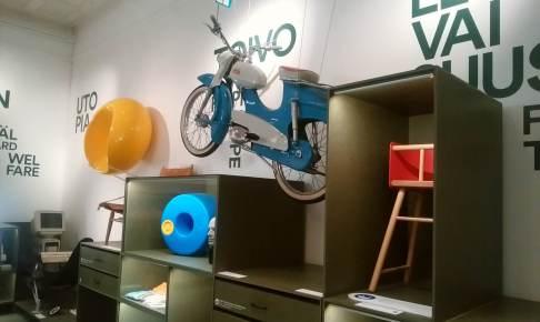 ヘルシンキ・デザイン博物館1階の展示物