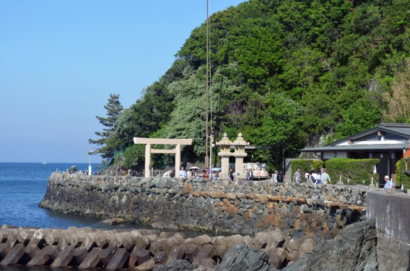 Futami Okitama Shrine from a distance