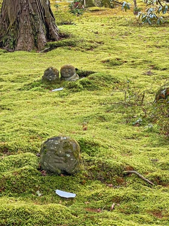 Sanzen-in's Warabe Jizo
