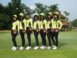 Padang-Golf-Cilangkap-caddy