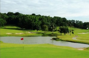 Tamarin Santana Golf Club, a Low Rates Golf Course in Nongsa Peninsula