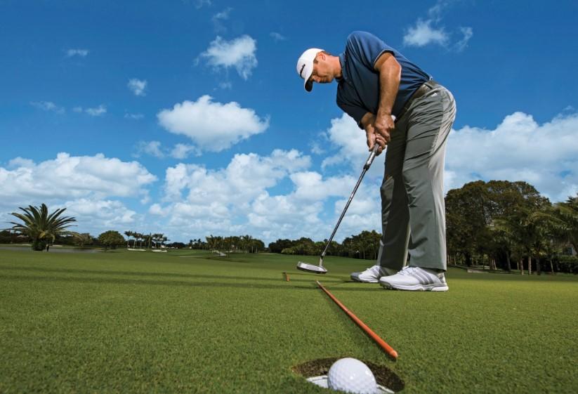 Cara Meningkatkan Ayunan Golf Anda