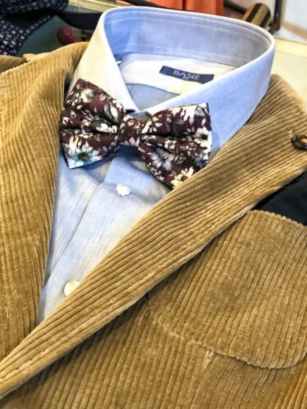 Un vero must have di questa stagione giacca in velluto.