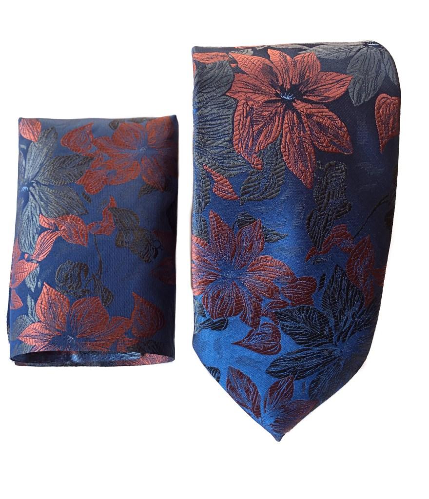 Elegante completo cravatta e pochette.