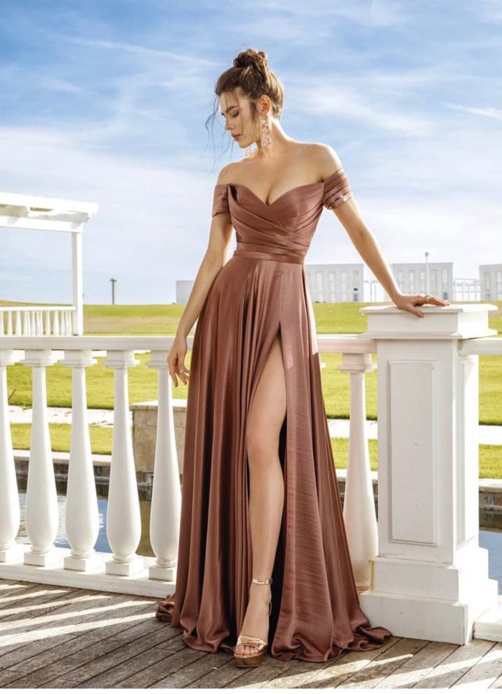 Questo vestito lungo elegante è perfetto se vuoi sentirti sexy.