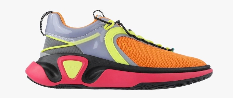 Balmain punta sulle sneaker super colorata