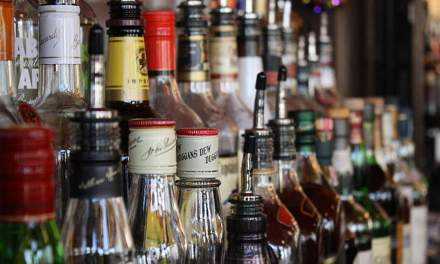 AMAZON SEEKS ENTRY INTO ALCOHOL DELIVERY IN INDIA