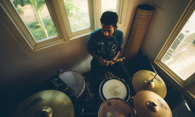 Dinushan Shanmuganathan – Drummer/Percussionist for one of the biggest acts in India Lucky Ali live