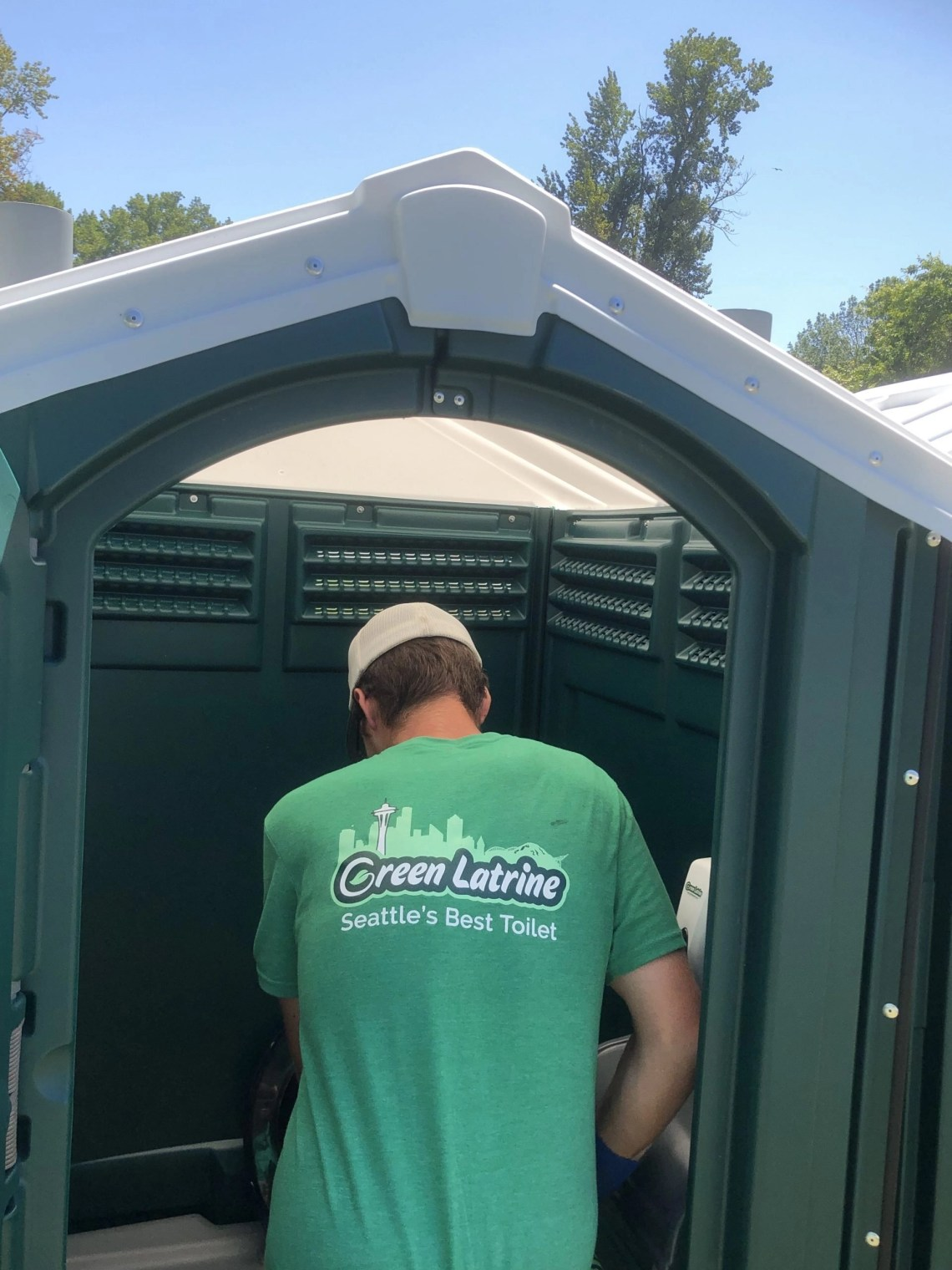 restrooms are needed wherever people are. Provide the best bathroom experiece in Seattle