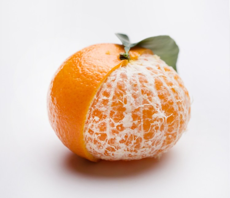 Mandarin oranges are deliciously sweet and can help you to cut down sugar
