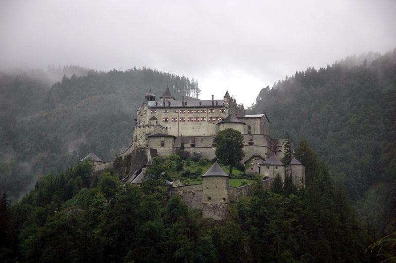 Хохенверфен, замъци