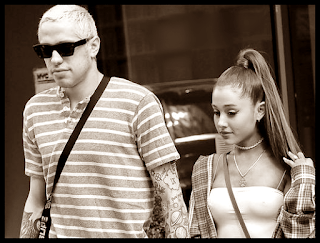 Ariana Grande and Pete Davidson relationship