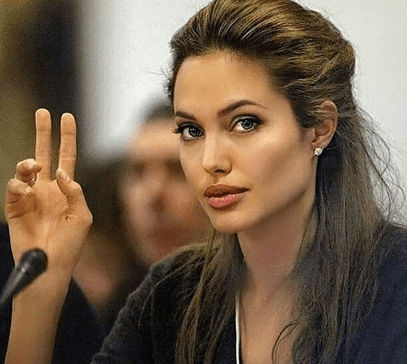 Angelina Jolie, Institut Curie, ovarian cancer, breast cancer, who,