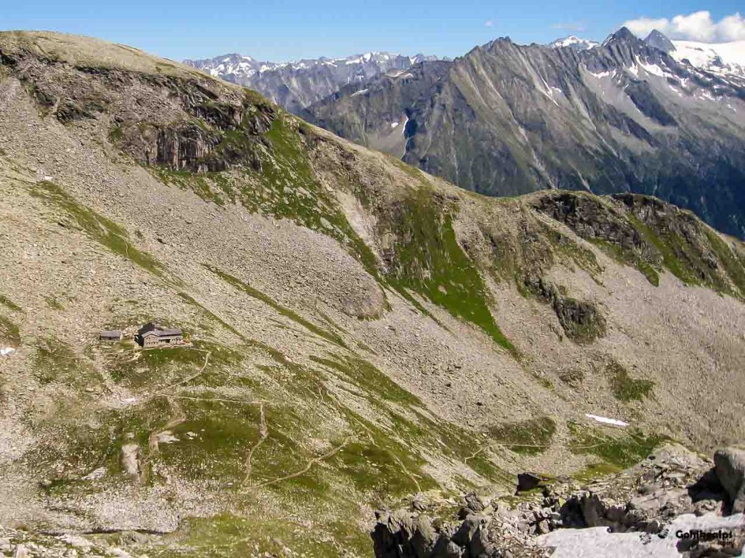 Friesenberghaus and the trail down to Schlegeisspeicher