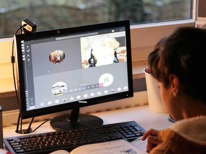 cara membuat virtual background di Zoom