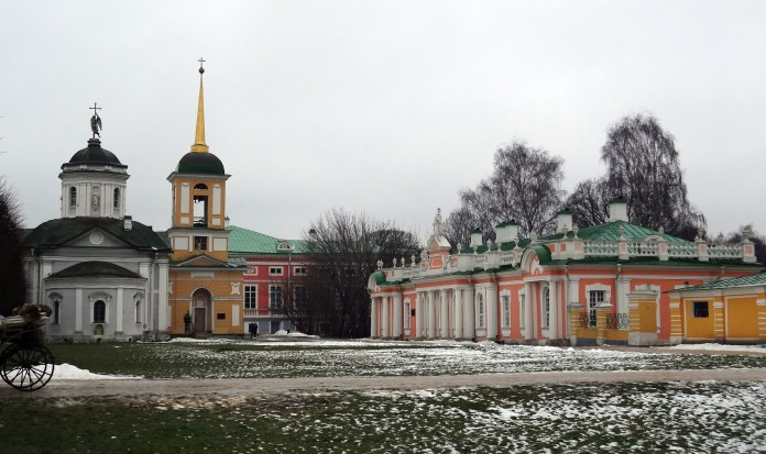 A lot of color: main palace, church, bell tower, main gate and kitchen hall at Kuskovo