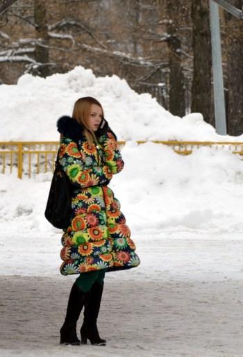 Russians love bright coats at VDNKh