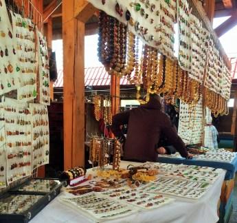 s5 Izmaylovsky Vernisazh amber jewelry