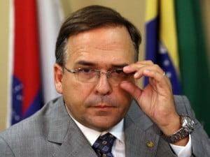 Deputado Sandro Mabel (PMDB): de olho no Paço, insufla vereadores a se postar contra o Paço