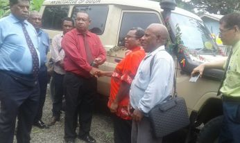Provincial Police Commander Asi Laimo handed the key to the police vehicle