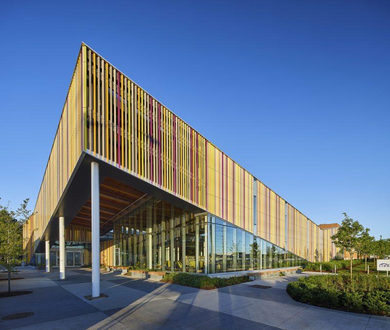 Biblioteca Distrital de Albion é uma das mais movimentadas de Toronto