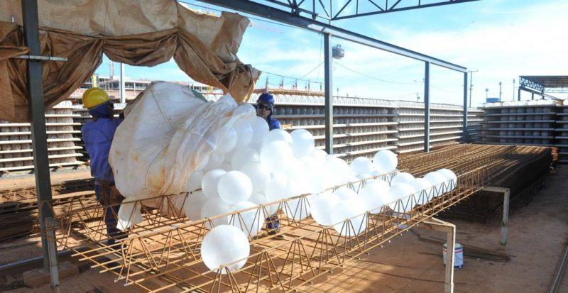 Esferas são feitas, em sua maioria, de plástico reciclado