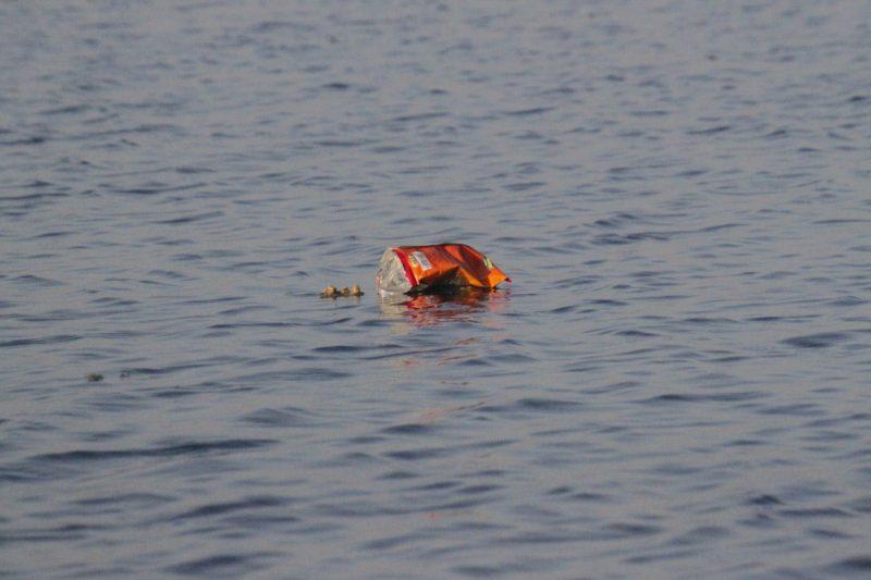 Lixo plástico é uma grande ameaça a vida nos oceanos