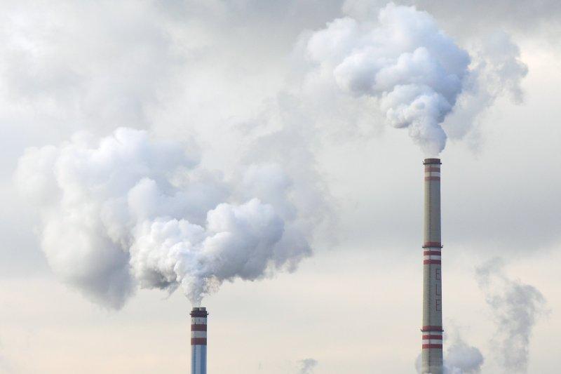 Remediação ambiental busca recuperação de áreas contaminadas.