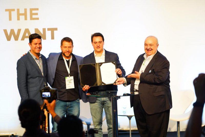 O governador do Paraná, Ratinho Júnior, e o prefeito de Curitiba, Rafael Greca, marcaram presença no Smart City Expo 2019