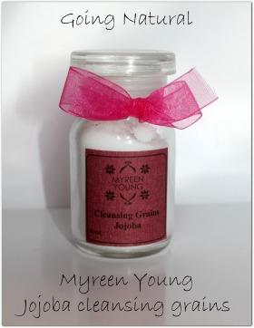 Scrub viso Myreen Young