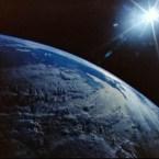 Final Frontier, targ de carte SF si Fantasy