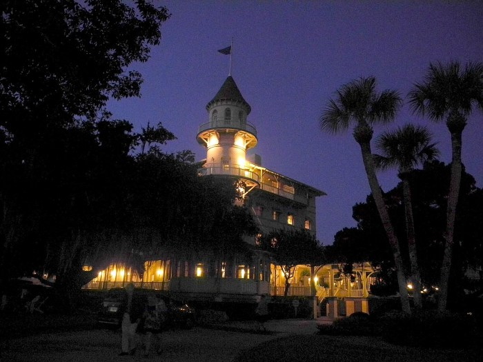 The Jekyll Island Club, Georgia © 2016 Karen Rubin/goingplacesfarandnear.com
