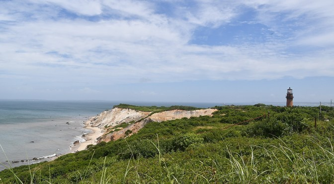 Cruising into Martha's Vineyard's Warm Embrace