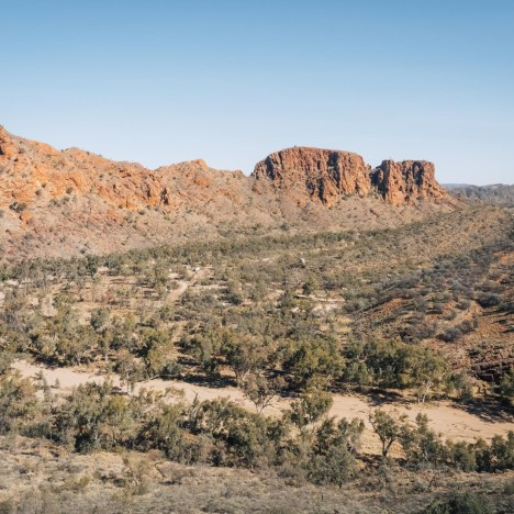 An Essential Guide to Visiting Ormiston Gorge
