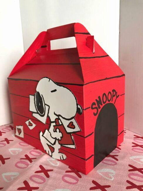 Feel Like Snoopy House