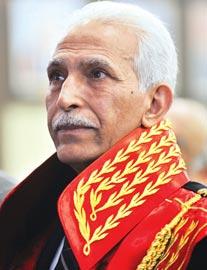 Abdurrahman Yalçınkaya, AKP'nin kapatılması davasının savcısıydı.