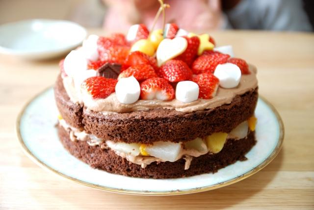 ケーキをデコレーションするタイミングはいつ