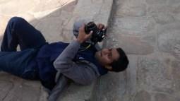 Our Photographer doing abdomen crunch photography.