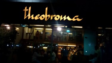 Theobroma @ Linking Road, A place known for desserts.