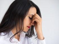機能性が低下した寝具がストレスに?こんな症状は体の危険サイン