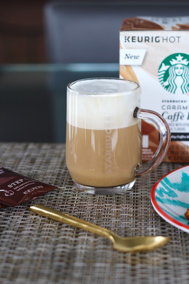 starbucks-caffe-latte-2