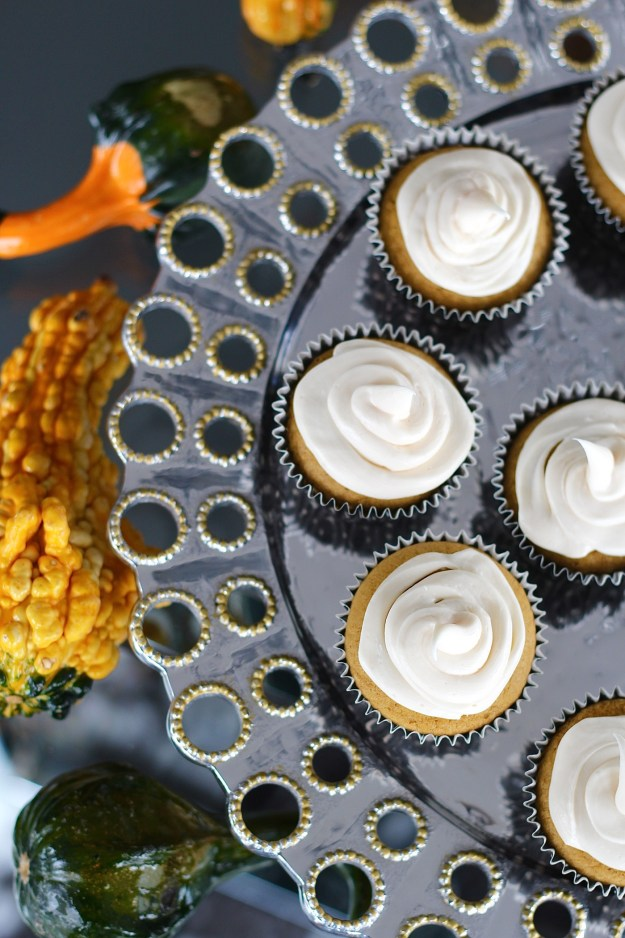pumpkin-cupcake-with-cream-cheese-frosting-recipe-11