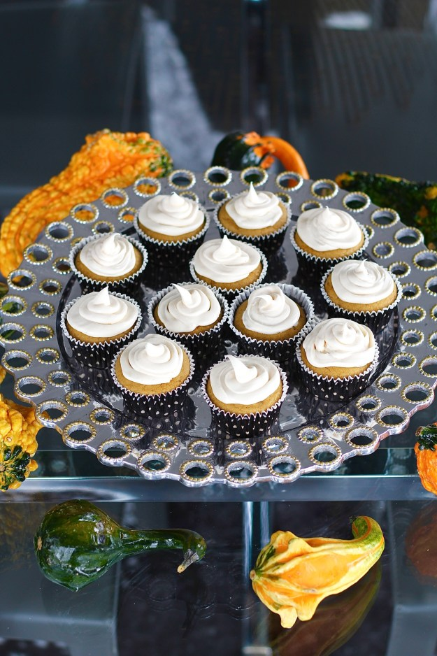 pumpkin-cupcake-with-cream-cheese-frosting-recipe-6