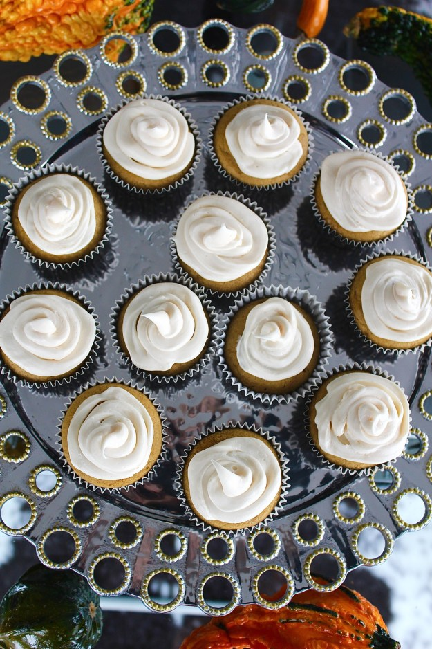 pumpkin-cupcake-with-cream-cheese-frosting-recipe-8