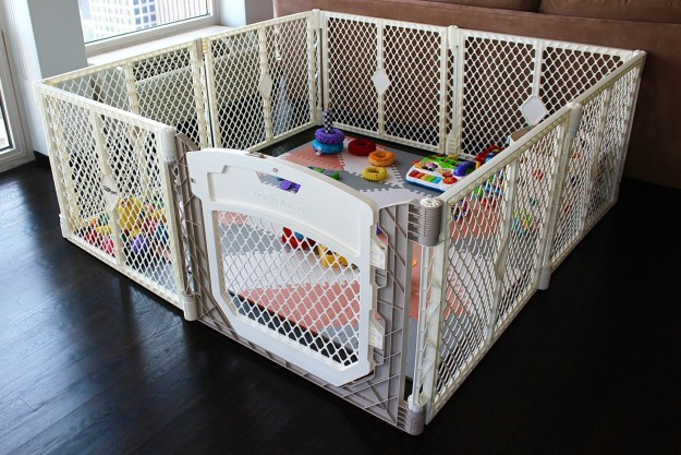The Best Baby Play Yard Amp A Giveaway Gold Coast Girl