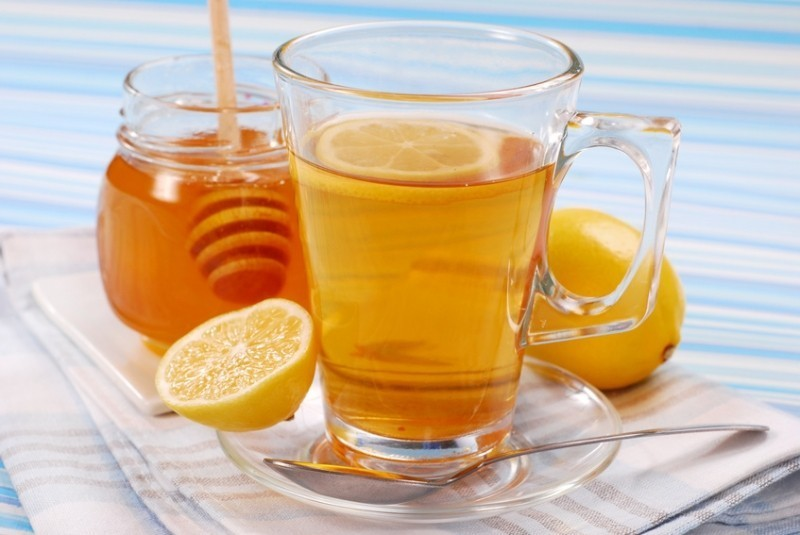 Рецепты с использованием чая. Русский горячий чайный лимонад с медом.