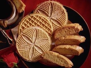 Десерты к кофе. Печенье коньячное.