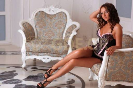 ESCORTS ATHENS CALL GIRL GREEK LILY