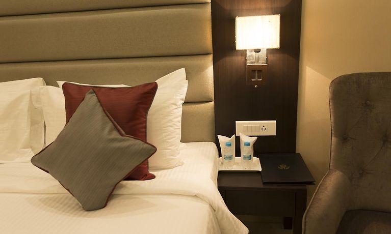 Golden Tulip Salt Lake City Kolkata Hotel